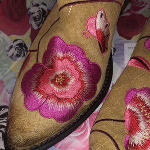 Lucky Brand Shoes - LUCKY BRAND Coral-Floral Embroidered Cowgirl Boots